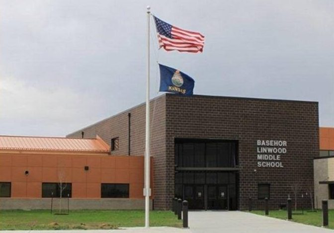 Basehor-Linwood Middle School <br> <br> Client: Basehor-Linwood USD 458